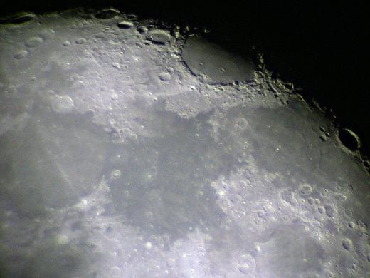Luna0003sv